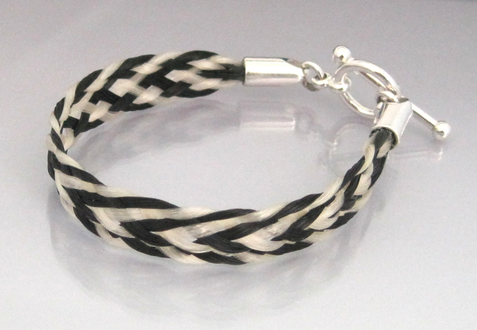 horse hair bracelet ends meet